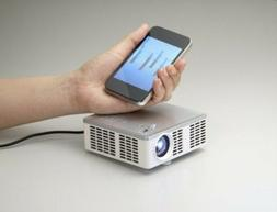3M Mini Projector 300 Lumens MP410 Bundle W/ Case and Access